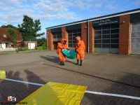 2015-09-28 Gefahrgutuebung Quelle Feuerwehr Sittensen (3)
