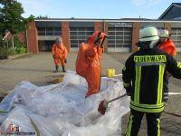 2015-09-28 Gefahrgutuebung Quelle Feuerwehr Sittensen (1)