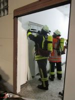 Installation des Mobilen Rauchvorhangs Quelle A. Schroeder (SG-Pressesprecher) (1)