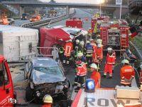 2015-12-03 THU2 BAB1 Quelle A.Schroeder Pressesprecher Samtgemeinde-Feuerwehr Sittensen (2)